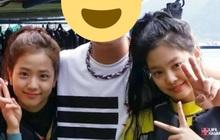 """Ảnh hiếm Jisoo - Jennie (BLACKPINK) trước khi debut gây bão MXH: Thế này bảo sao trở thành 2 mỹ nhân """"chanh sả"""" nhất Kpop!"""