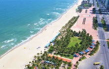 Ảnh: Bãi biển, khu vui chơi ở Đà Nẵng vắng bóng người trong ngày đầu siết chặt các biện pháp phòng, chống Covid-19