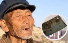 Cụ ông mang con dao hoen gỉ đi giám định, khán giả cười ồ nhưng chuyên gia khảo cổ ra giá 700 triệu rồi hỏi luôn... gia phả nhà cụ