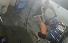 TP.HCM: Hé lộ nguyên nhân bé trai bị cha đánh bằng cây tre khiến dư luận phẫn nộ