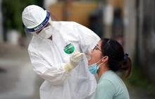 Khẩn: Hà Nội lấy mẫu xét nghiệm cho những người liên quan BV Bệnh Nhiệt đới Trung ương