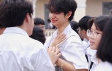 Sau 1 ngày đi học lại, Quảng Nam thông báo cho học sinh nghỉ vì Covid-19