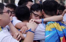Sáng 7/5: Thêm 2 tỉnh thông báo cho học sinh nghỉ học khẩn vì Covid-19