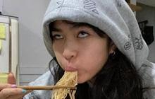 """Bị thắc mắc về chuyện ăn uống ở Sao Nhập Ngũ, Khánh Vân """"đanh đá"""" đáp trả: """"Giờ đầu người cũng nhai được luôn!"""""""