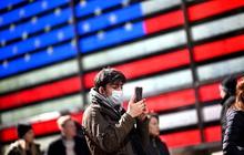 """""""Kinh hoàng"""" thói quen dùng smartphone của 70% người Mỹ"""