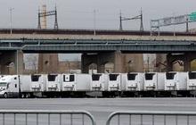 Nhiều thi thể nạn nhân Covid-19 vẫn nằm trong xe đông lạnh ở Mỹ
