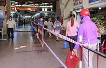 Ảnh: Ngày đầu đi chợ thời Covid-19 ở Đà Nẵng, ai không có tem phiếu mời về!