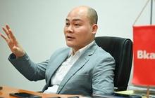 """Trước smartphone hay máy xét nghiệm COVID-19 Made in Vietnam, """"sáng chế"""" đầu tiên của CEO Nguyễn Tử Quảng là thiết bị xả nước tự động cho... nhà vệ sinh"""