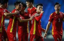 """Dân tình """"lên dây cót"""" trước trận đấu của tuyển Việt Nam: """"Định đặt mật khẩu là Malaysia nhưng nó báo... quá yếu"""""""