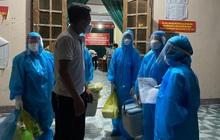 Hà Tĩnh test nhanh, phát hiện thêm 3 người trong một gia đình dương tính với SARS-CoV-2