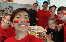 """Mừng chiến thắng của đội tuyển Việt Nam phong cách Cris Phan, dạo khắp Facebook tuyển thủ chỉ để """"cà khịa""""?"""