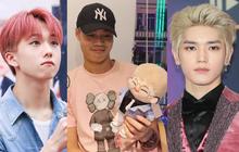 """Văn Toàn bị phát hiện """"lơ là"""" G-Dragon chuyển sang """"mê mẩn"""" boygroup đông dân nhất Kpop, còn biết cả búp bê mô phỏng idol nữa?"""