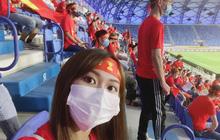 Gái xinh 2k1 kể chuyện đi xem ĐT Việt Nam thi đấu trực tiếp tại UAE: Thủ tục rất lằng nhằng nhưng cực xứng đáng!