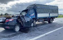 Ô tô con tông trực diện xe tải, 3 nạn nhân tử vong trong đó có cháu bé 4 tuổi