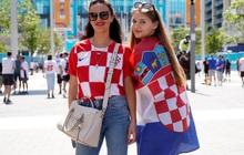 Trực tiếp Anh vs Croatia: CĐV khoe sắc trước giờ bóng lăn