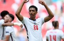 """Sao 17 tuổi của ĐT Anh phá kỷ lục """"Cầu thủ trẻ nhất đá Euro"""" ngay lần đầu xuất trận"""