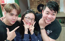 """Quang Lê đăng ảnh cực tình cảm với con nuôi Phương Mỹ Chi, netizen """"spam"""" ngay ảnh Phi Nhung và Hồ Văn Cường nhằm so sánh 1 điều!"""