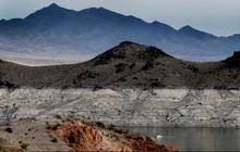 Hạn hán nghiêm trọng, mực nước ở hồ chứa lớn nhất nước Mỹ giảm xuống mức thấp lịch sử