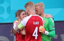 Tuyển thủ Đan Mạch kể lại cuộc trò chuyện với bạn gái của Eriksen khi cô sốc vì thấy hôn phu bị ngừng tim
