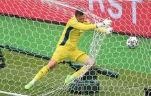 Bàn thắng từ giữa sân giúp CH Czech nhấn chìm tuyển Scotland ở bảng D Euro 2020