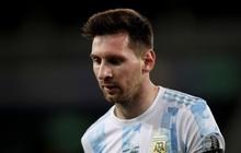 Argentina bất lực để Chile cầm hòa trong ngày Messi lập siêu phẩm đá phạt