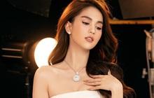 """Chính thức lấn sân ca sĩ, Ngọc Trinh thừa nhận: """"Tôi hát không quá hoàn hảo nhưng muốn sống với niềm đam mê của mình"""""""
