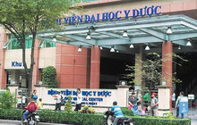 NÓNG: Một nhân viên y tế của BV Đại học Y dược nghi nhiễm Covid-19