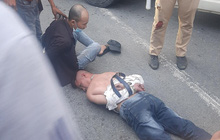 Tài xế ô tô dương tính ma tuý tông vào xe CSGT khi bị chặn kiểm tra