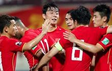 Báo Trung Quốc choáng với khoản tiền đội nhà bỏ túi sau khi vượt qua vòng loại thứ 2, lập tức so sánh với con số của tuyển Việt Nam