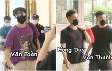 """Clip """"chủ tịch"""" Văn Toàn xuất hiện hệt như idol Kpop, Công Phượng đeo balo 20 triệu khi được gọi lên tuyển"""