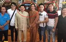"""Thêm một nam ca sĩ cười tươi rói bên NS Hoài Linh, còn tâng bốc gọi Võ Hoàng Yên là """"thần y tái thế""""?"""