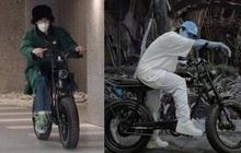 """Lại là Sơn Tùng cùng pha """"đụng hàng"""" G-Dragon, lần này đến lượt chiếc xe máy từng dùng để đi hẹn hò Jennie?"""