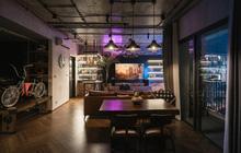 """Chàng trai bỏ 800 triệu thiết kế căn hộ đậm chất """"dân chơi"""", đầu tư cả quầy bar để """"chill"""" tại nhà mùa dịch"""
