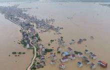 Mực nước của 21 con sông ở Trung Quốc vượt mức cảnh báo lũ
