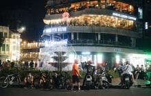 Toàn cảnh Hà Nội tối đầu tiên mở lại quán xá: Dân tình hào hứng ra đường, nhiều người không quản ngại đi ăn nướng lẩu giữa mùa hè