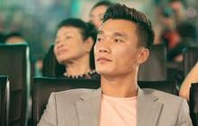 Trước ngày ĐT Việt Nam kết thúc cách ly, thủ môn Bùi Tiến Dũng có động thái gây chú ý