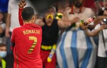 Ăn mừng bàn thắng, Ronaldo bị fan tuyển Pháp ném chai Coca-Cola vào người
