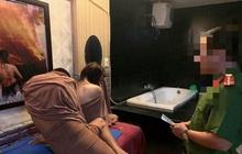 Hai cô gái thuê nhà nghỉ để hoạt động mại dâm dài hạn