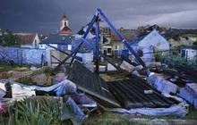 Lốc xoáy gây thiệt hại nặng nề tại Czech, hơn 200 người bị thương