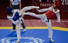 Olympic 2020 ngày 24/7: Dẫn trước đối thủ Thái Lan khá xa, nữ võ sĩ Việt Nam vẫn thua tiếc nuối bởi... chân ngắn!