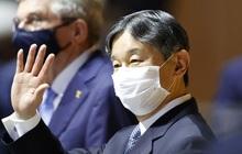 Chỉ đổi 1 từ ở lễ khai mạc Olympic 2020, Nhật hoàng nhận mưa lời khen vì tinh tế