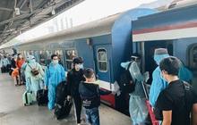 720 người dân Hà Tĩnh lên chuyến tàu 0 đồng rời Sài Gòn về quê