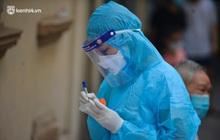 Hà Nội phát hiện lái xe taxi, công nhân công trường và nhân viên giao hàng dương tính SARS-CoV-2 qua sàng lọc ho sốt ngoài cộng đồng