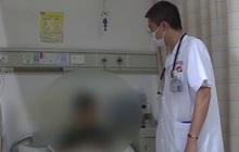 """Người đàn ông phổi nhiễm nấm """"thối rữa như bông gòn"""", suýt mất mạng vì thường xuyên uống thuốc kháng sinh bừa bãi"""