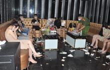 Bất chấp dịch bệnh, gần 50 thanh niên nam nữ tụ tập sử dụng ma túy tại quán karaoke
