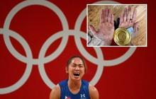 Xót xa hình ảnh đôi bàn tay của VĐV Philippines sau khi giành HCV Olympic, xứng đáng với khoản thưởng rất nhiều số 0 cô nhận được