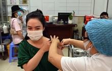 Ảnh: Hà Nội triển khai chiến dịch tiêm vắc xin phòng Covid-19 trên diện rộng