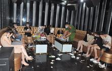 """Khởi tố vụ án 48 nam, nữ """"bay lắc"""" ma túy trong quán karaoke"""