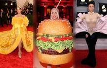 Sao US-UK và chuyện chơi nổi trên thảm đỏ: Cardi B khổ sở đứng ngồi, Katy Perry khốn đốn trong WC, Kylie Jenner còn đổ cả máu