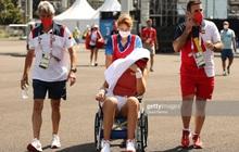 VĐV tennis Olympic Tokyo 2020: Sợ chết, rời sân bằng xe lăn, tự ví mình với zombie